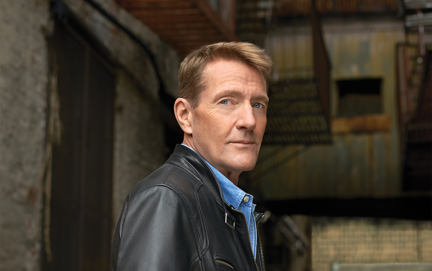 LEE CHILD TO RECEIVE INTERNATIONAL RECOGNITION AWARD DURING THE 'AN POST IRISH BOOK OF THE YEAR' TV SHOW ON RTÉ ONE